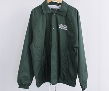 W.F.M Logo Embroidered Nylon Coaches' Jacket (Forest Green)
