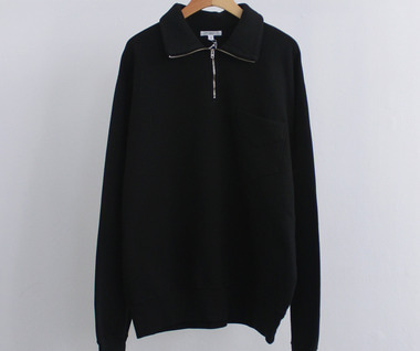 Quarter Zip Sweatshirt (Black)